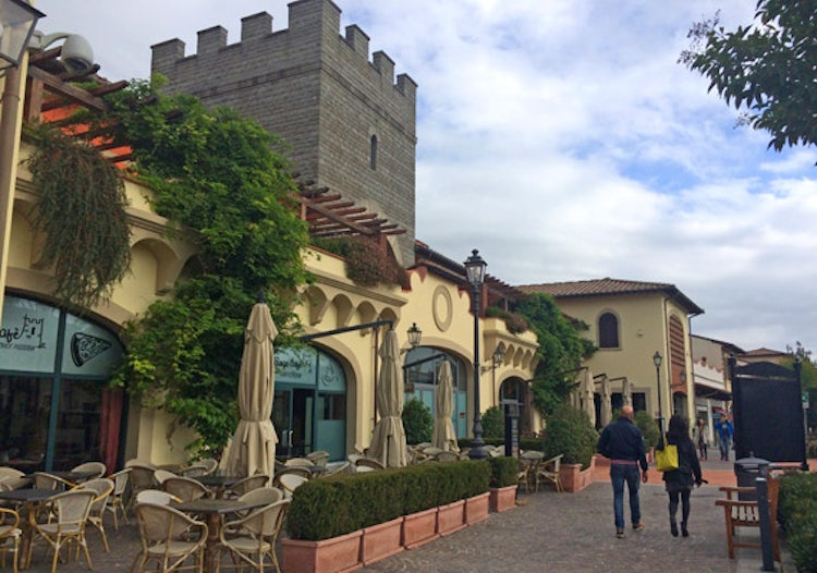 Barberino Designer Outlets Shopping In Barberino Di