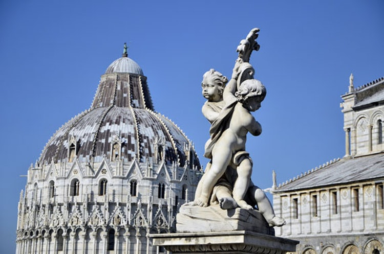 Visit the Square of Miracles and the Leaning Tower of Pisa