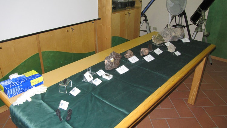 Collection of meterites for the Casentino Planetarium