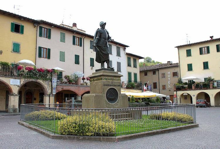 Statue of Verrazzano in Greve in Chianti