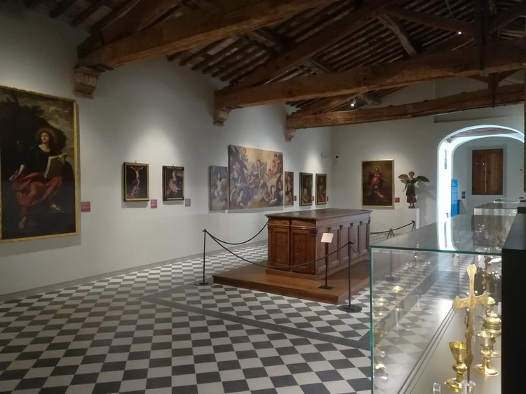 Sala at Museum of San Pietro in Colle Val d'Elsa