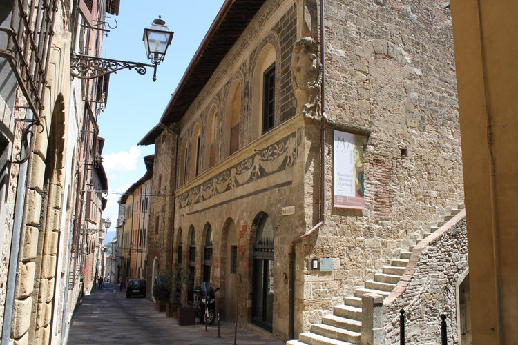 Colle Val d'Elsa: City streets
