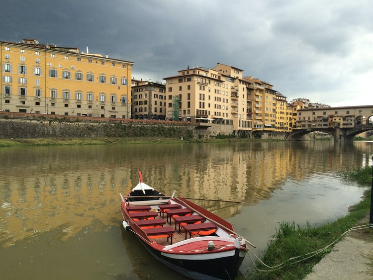 The Renaioli boat cruise along the Arno River