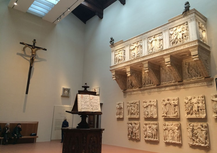 Cantoria room and teh Choir loft in the Opera del Duomo Museum