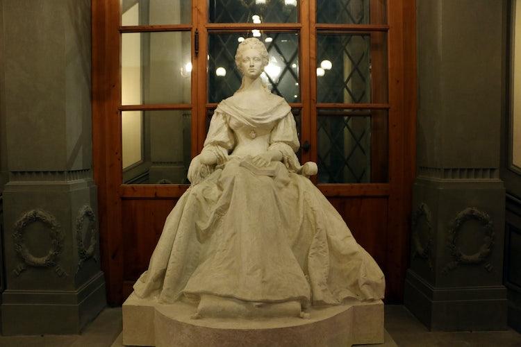 Palazzo Pitto: The Costum Museum