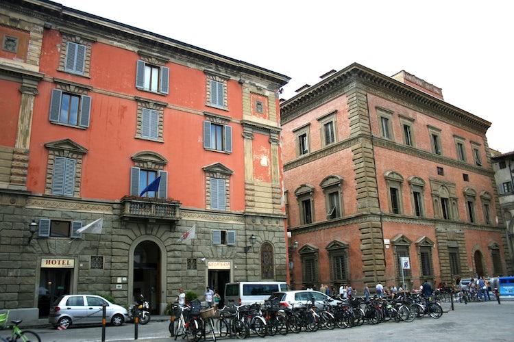 Piazza SS Annunziata and Palazzo Grifoni