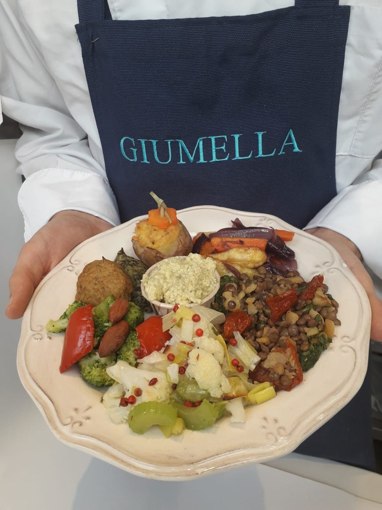 Un piatto di cose buone da Giumella