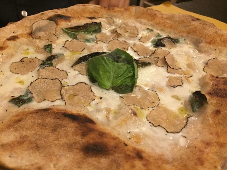 Pizza al Tartufo e Bufala