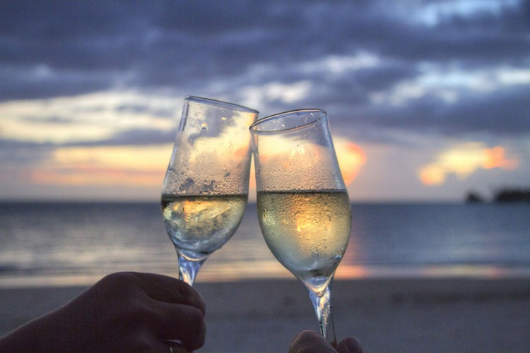 Romantic Holiday in Tuscany: A toast to Romance