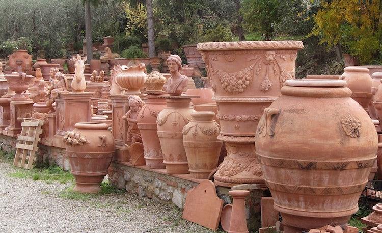 6 reasons to add impruneta to your itinerary in chianti for Masini terrecotte impruneta