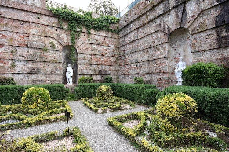 Villa Reale in Marlia, Lucca: Villa Vescovo and the Italian Garden