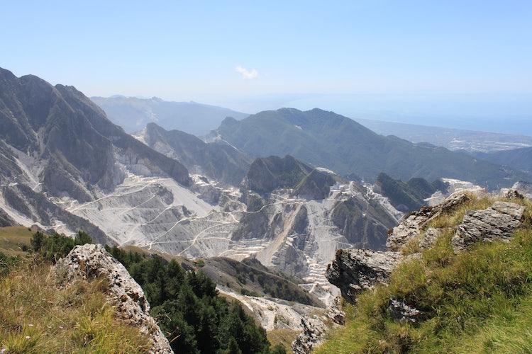 Wild landscapes in Lunigiana & the via Francigena