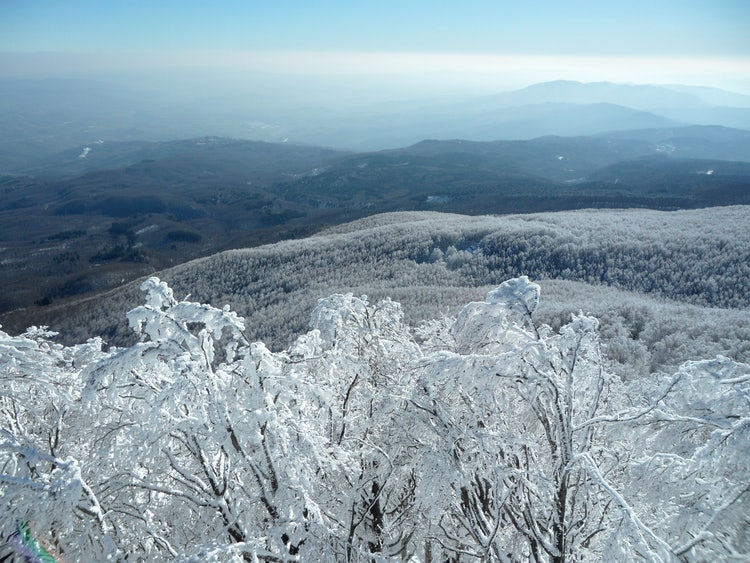 Winter wonderland and skiing on Monte Amiata in Tuscany