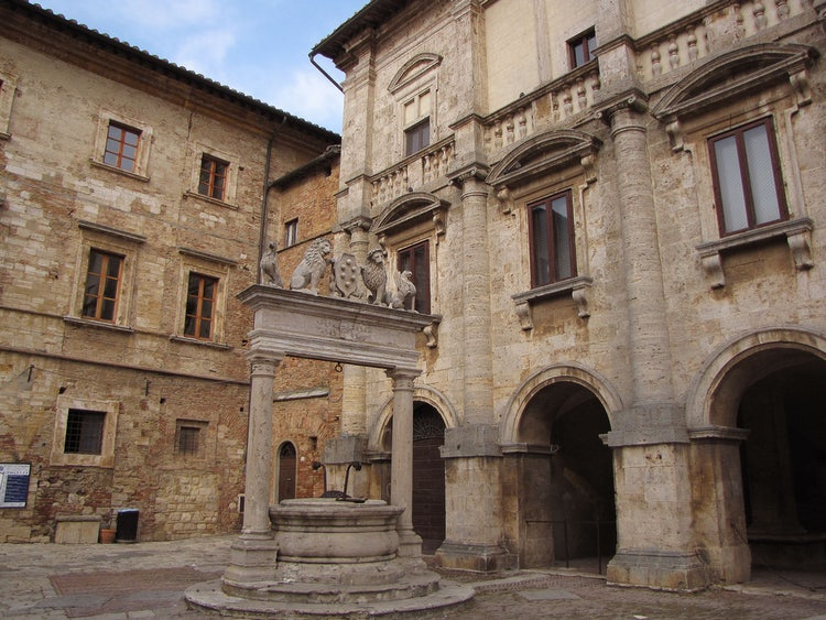 Discover montepulciano an itinerary guide of for Montepulciano italy