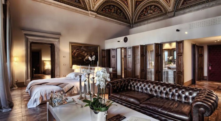 Lush, romantic hotel suite in Florence, Italy