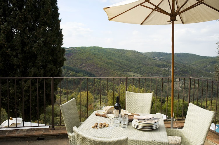 Romantic vista from Pietrafitta Relais