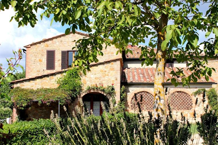 Casa Podere Monti : Tuscan Farmhouse & Private Villas