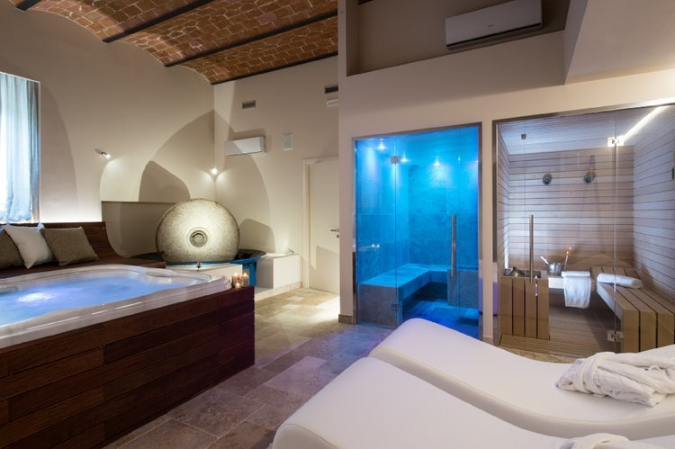 Spas services, chef and cleaning services are extras at a Tuscan villa rental
