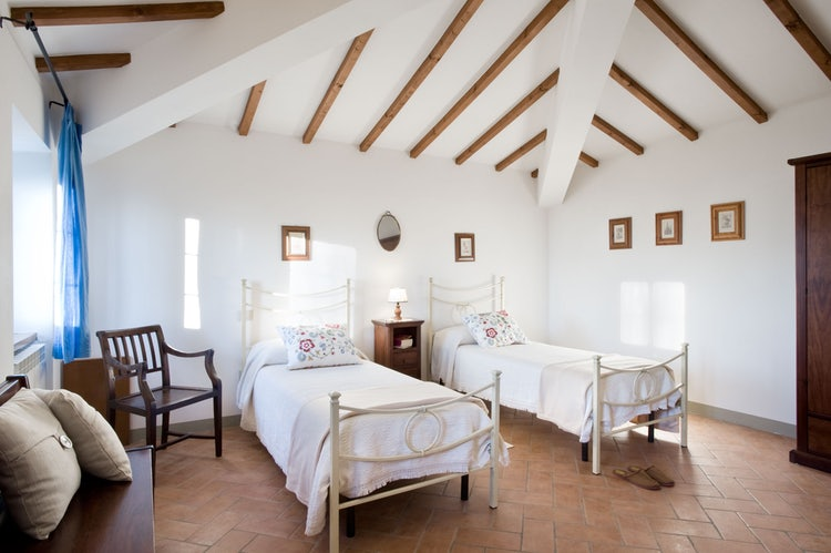 Twin bedroom at Agriturismo Incrociata